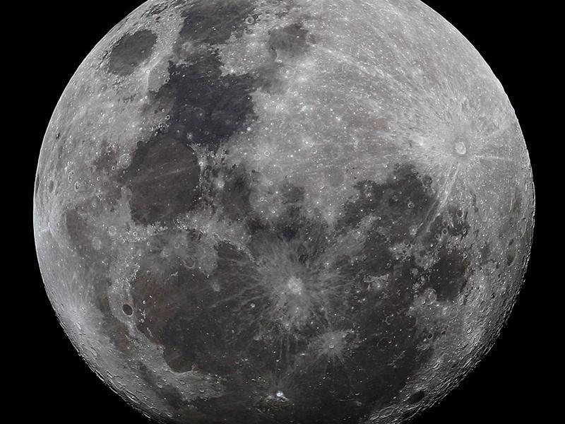Moon_-_E
